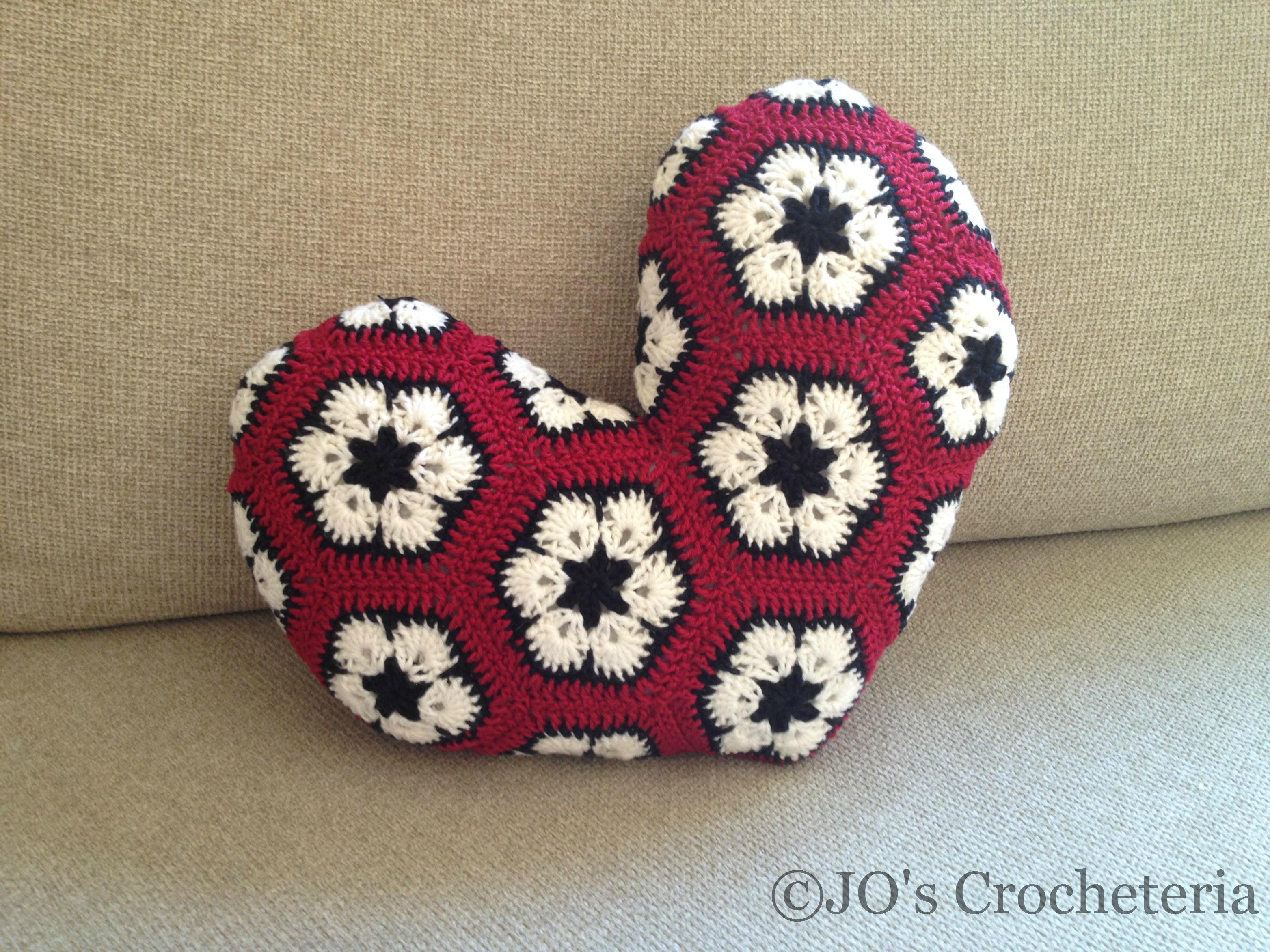 african flower heart pillow crochet pattern 2 | JO\'s Crocheteria